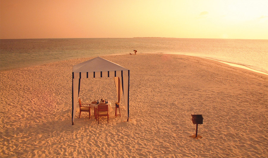 Coco Palm Dhuni Kolhu  - Private Beach Dining